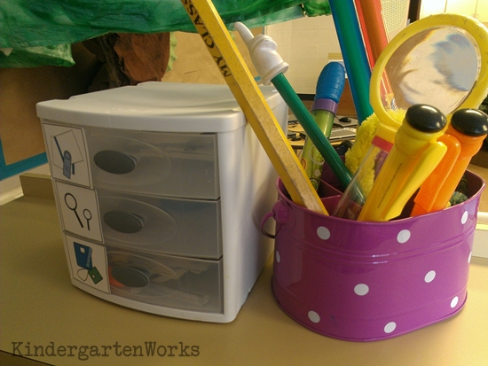 How to make a big book literacy center - there are so many ideas in this post! Love it!