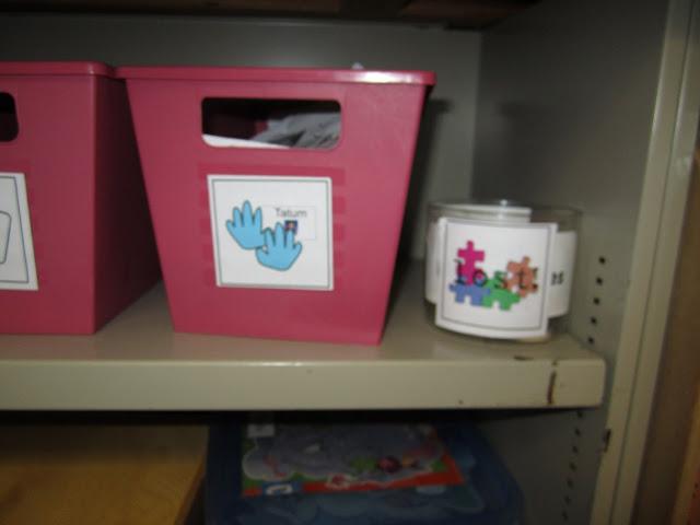 kindergarten puzzle literacy center KindergartenWorks