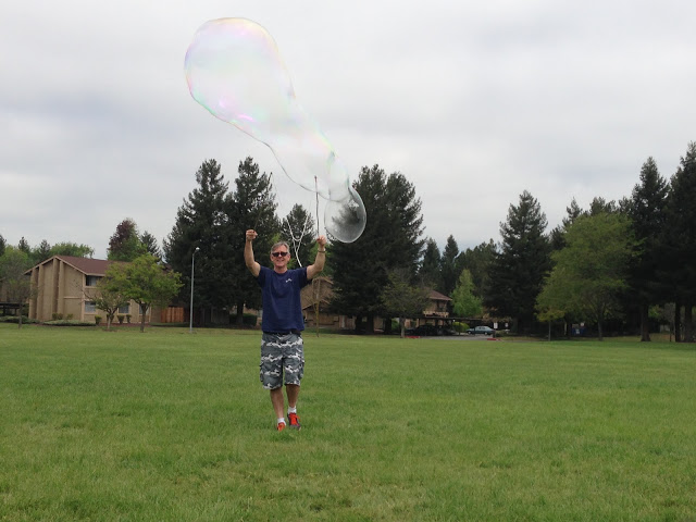 Bubbles for an end of the year countdown - Top 20 Kindergarten Teaching Ideas to Try Right Now