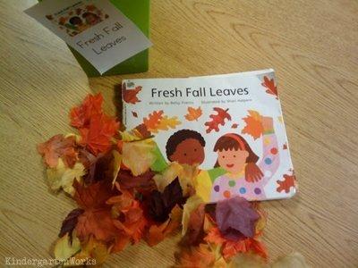 KindergartenWorks: retell literacy center activity - Fresh Fall Leaves