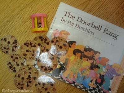 retell literacy center activity - The Doorbell Rang