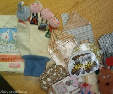 retell literacy center activity - The Three Little Pigs