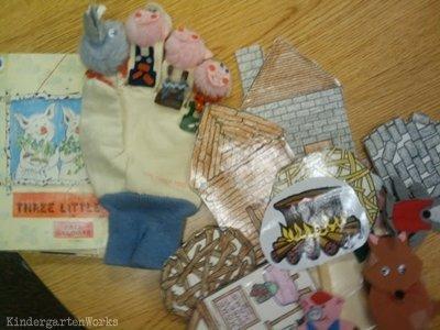 KindergartenWorks: retell literacy center activity - The Three Little Pigs