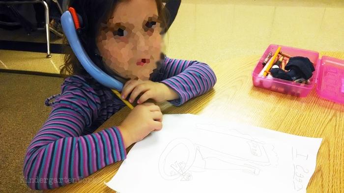 Writers workshop tip - whisper phones and old headphones for kindergarten
