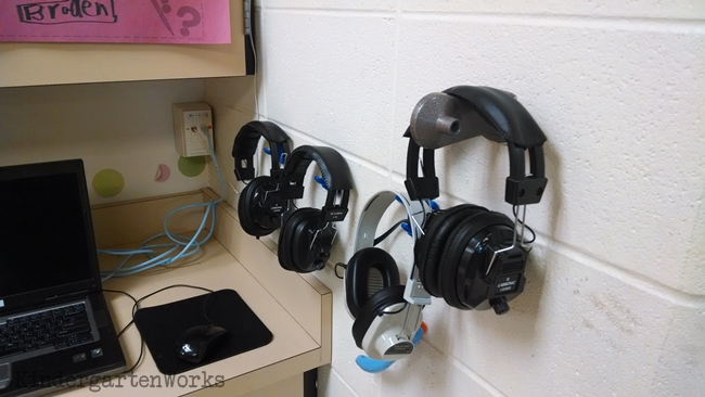 KindergartenWorks: Writers Workshop Tip: Headphones Help Them Concentrate