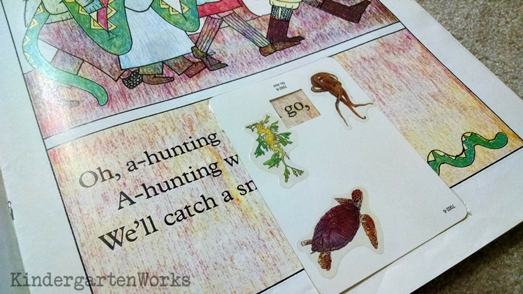 5 Easy Mini-Lessons to Teach Sight Words - use word window in reading groups