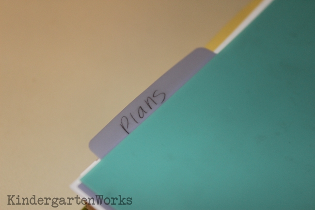 Creating an Organized Guided Reading Binder - 4 Steps - Dividers