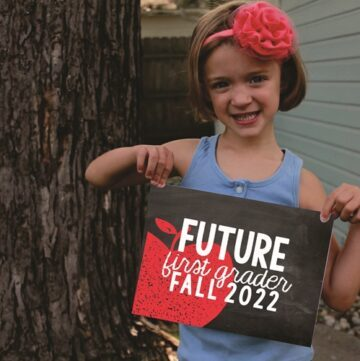 This is a perfect snapshot to send them home with. Photograph each student proudly showing their status as a future first grader!