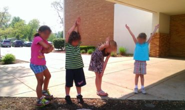 Spelling Sight Words With Bodies: A Kinesthetic Way to Learn: KindergartenWorks