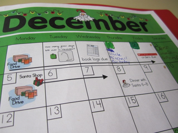 How to set up daily folders for kindergarten - parent calendar