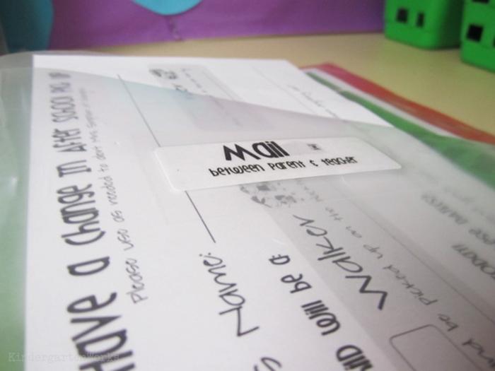 How to set up daily folders for kindergarten - parent teacher mail communication sleeve