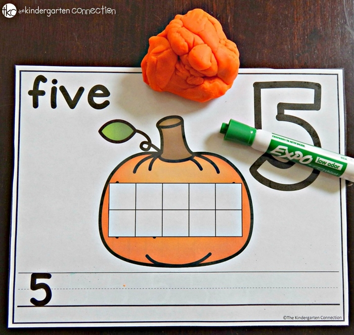 9 Easy and Fun Thanksgiving Activities for Kindergarten - free pumpkin playdough number mats