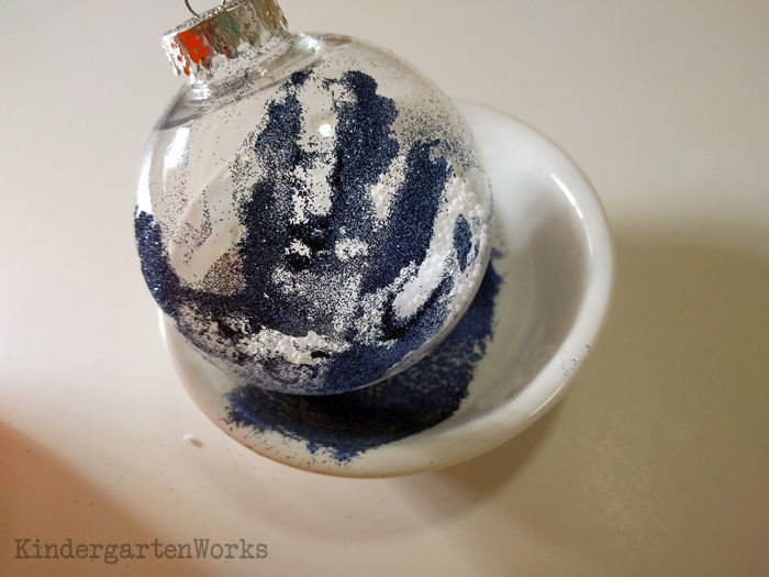 How to Make a Timeless Keepsake Ornament in Kindergarten - let air dry