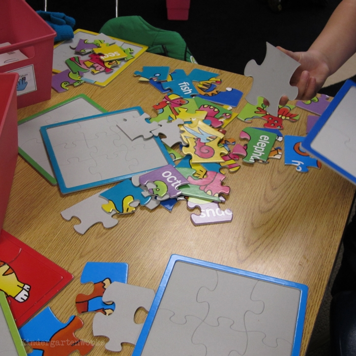 Literacy Centers Kindergarten - Puzzle Center