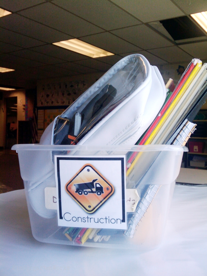 Non-Fiction Literacy Center for Kindergarten - construction theme