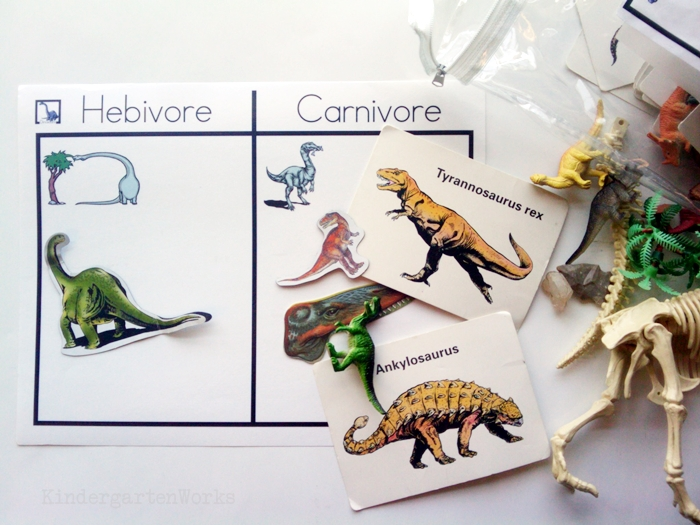Non-Fiction Literacy Center for Kindergarten - sorting dinosaurs